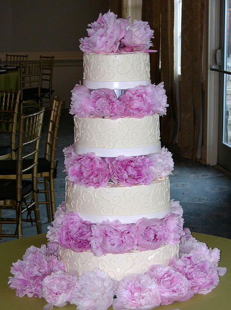 Four Tier Wedding Cake with Fresh Flowers by CakeSuite, serving ...