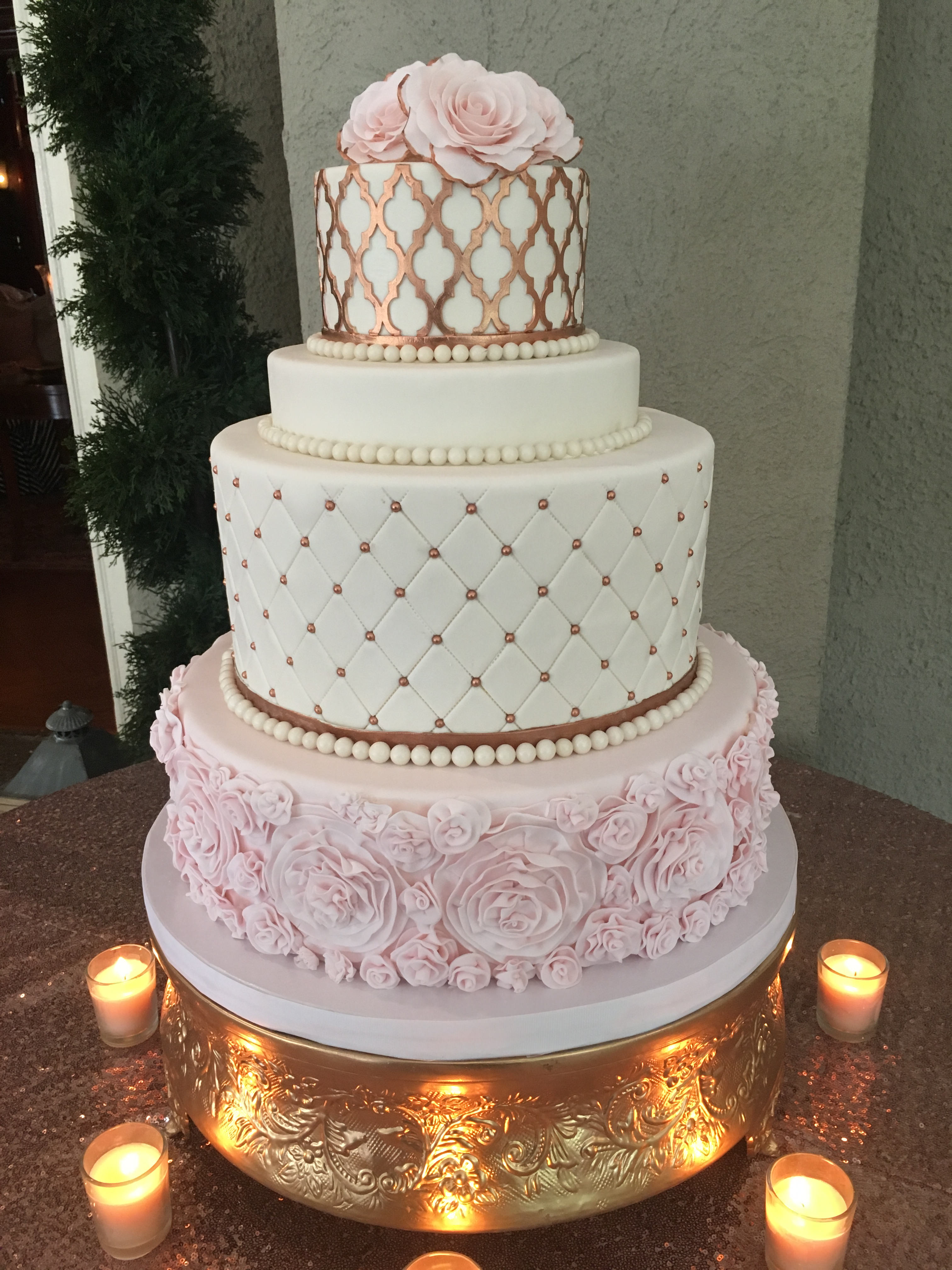 Elegant wedding cake with roses and gold by cakesuite serving elegant wedding cake with roses and gold junglespirit Image collections